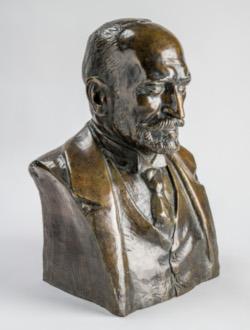 Nagy László (Kisfaludi Strobl Zsigmond alkotása - Áment Gellért felvétele. A kép jogai: OPKM)
