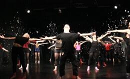 ŐSZ, TÉL, NYÁR, TAVASZ… (táncszínház)